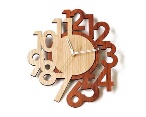 Gambar Ilustrasi Jam Dinding Kayu untuk kado pernikahan