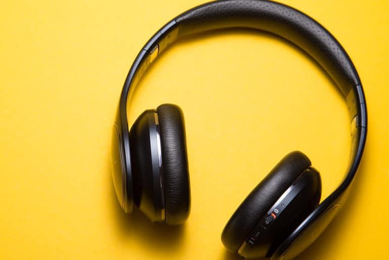 Gambar Headset Bluetooth yang Bagus dan Murah
