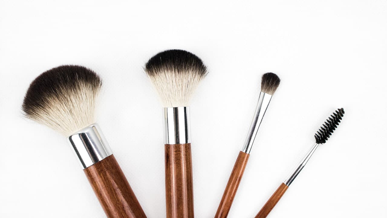 Gambar Ilustrasi Make Up Brush Set