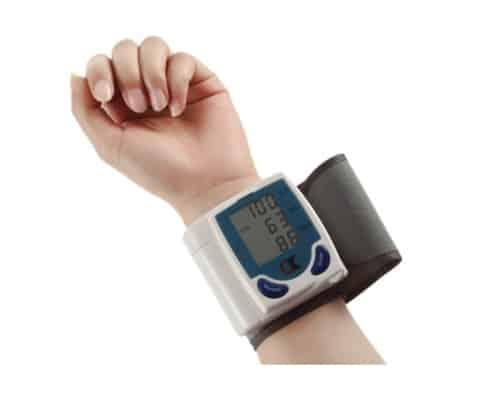 Gambar Alat Pengukur Tekanan Darah OEM Tensimeter Digital
