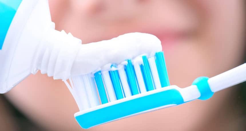 Pasta Gigi yang Bagus untuk Memuthkan Gigi