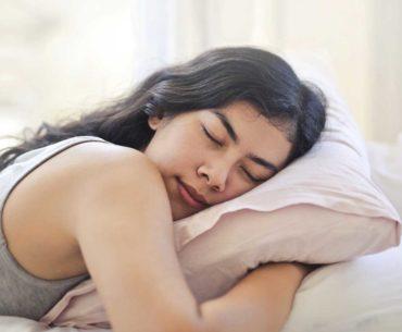 Gambar Ilustrasi Bantal Tidur