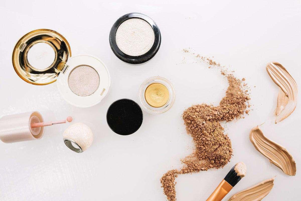 Base Makeup Terbaik untuk Hasil Alami