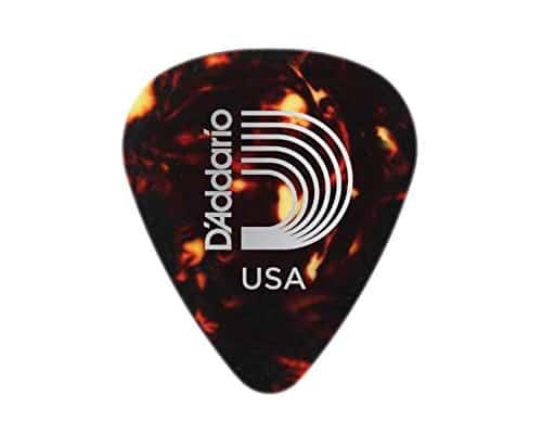Pick Gitar Terbaik DAddario Classic Celluloid Wide, Shell-Color
