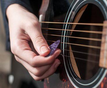 Pick Gitar Terbaik