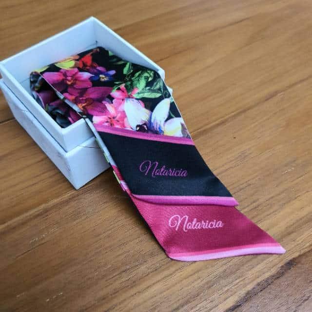 Kado Ulang Tahun untuk Shabat Wanita Scarf Custom Name Handmade Twilly