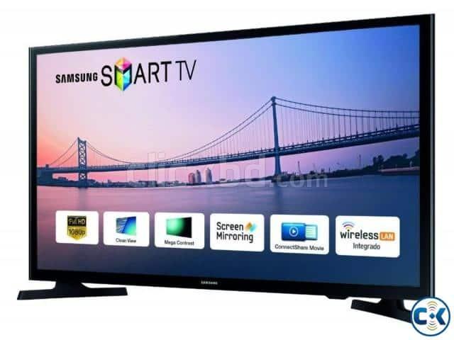 1. Smart Tv Terbaik 3 Juta : Samsung J4303 Smart TV 32 Inch
