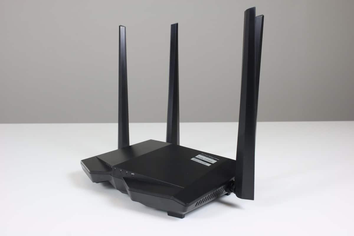 WiFi Repeater Terbaik