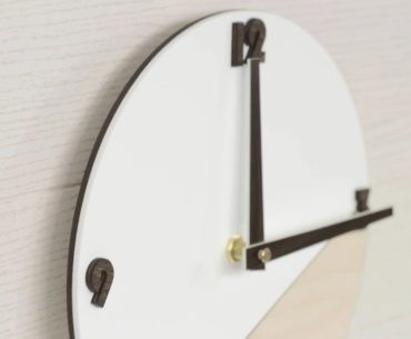 Jam Dinding Minimalis Terbaik
