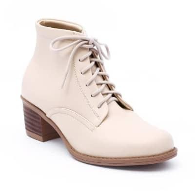 Model Sepatu Boots Wanita Terbaik Khakikakiku Beverly boots cream