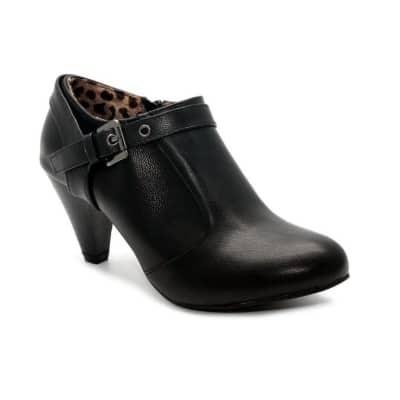Model Sepatu Boots Wanita Terbaik Ivory boots B 12-15