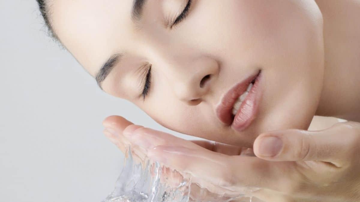 Skincare Penghilang Bruntusan di Wajah