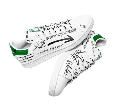 Sepatu Sneaker Pria Terbaik Adidas Stan Smith GV9800
