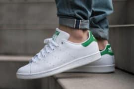 Sepatu Casual Sneaker Pria Terbaik